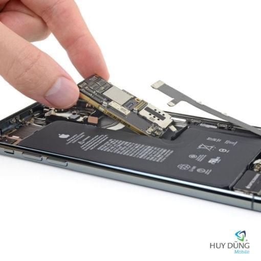 Thay main iPhone 11 Pro Max