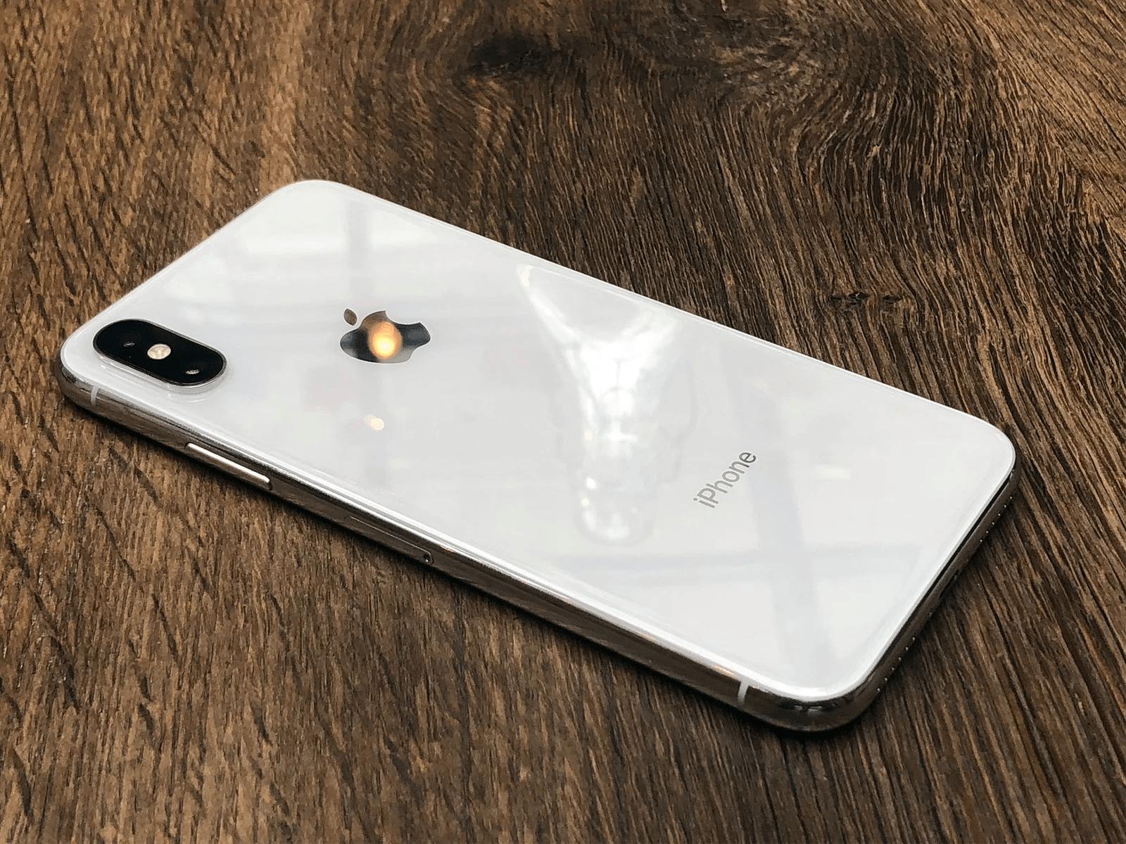 Đặt iPhone úp xuống là cách tiết kiệm pin hiệu quả